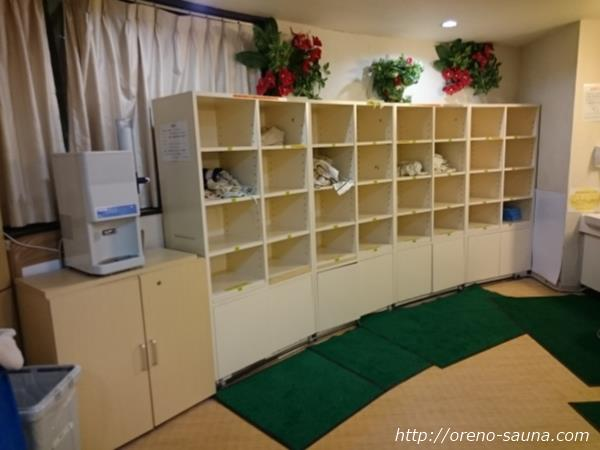 「センチュリー渋谷」3階の浴室前画像