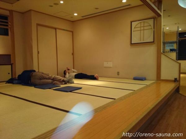 「神田アクアハウス江戸遊」休憩フロア画像