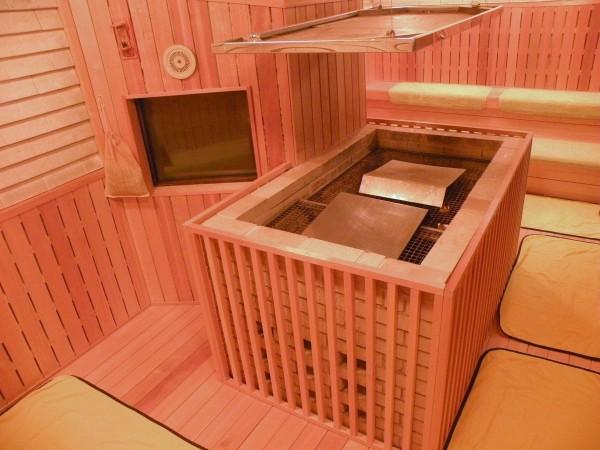 「ファーストイン高松」メインの高温サウナ画像