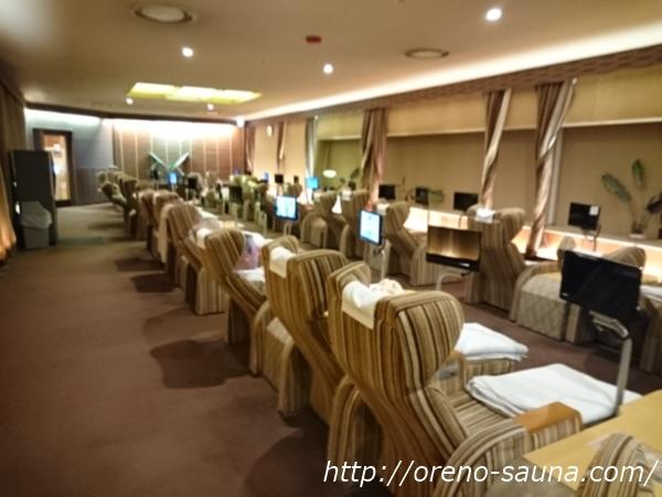 「カプセルホテル&サウナ北欧」リラクゼーションルーム画像