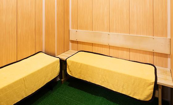 石川県金沢市「源泉掛け流し しあわせの湯」冷凍サウナ画像