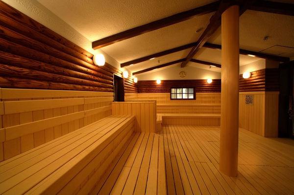 大阪府浪速区「スパワールド 世界の大温泉」サウナ画像