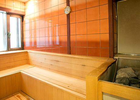 大阪府梅田「ニュージャパン 梅田店」湯上りサウナ画像