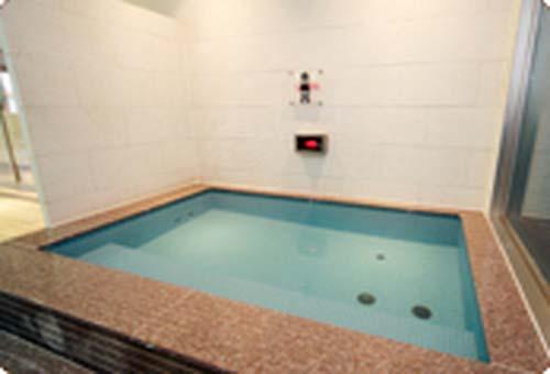 名古屋「ウェルビー今池店」水風呂画像