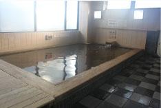 「ヨコヤマ・ユーランド鶴見」「末広の湯」檜風呂画像